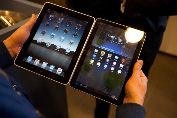 iPad vs Galaxy Tab 10.1