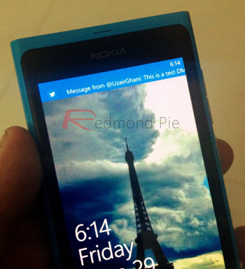 Nokia Lumia Twitter push