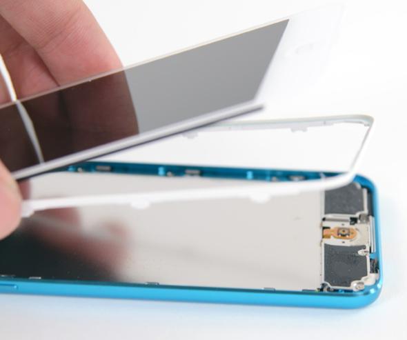 iPod touch teardown 4