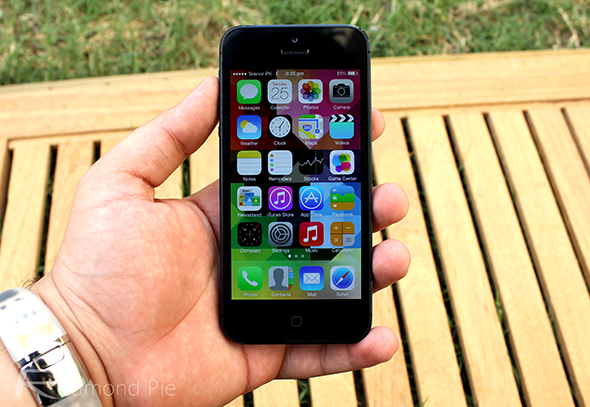 iOS 7 black iPhone 5
