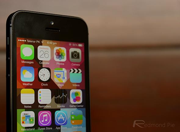 iPhone 5 black iOS 7 1