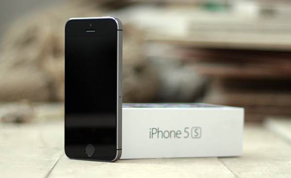 iphone 5s space grey check iphone 5s apple stock with this handy 1948