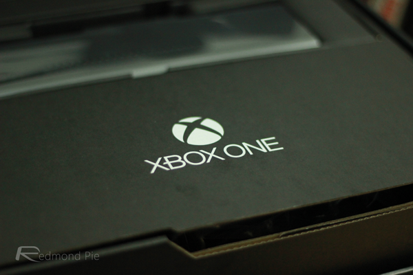 Xbox One logo lid