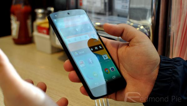 Nexus 5 side pose