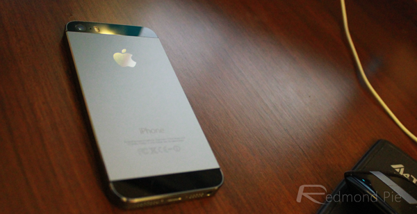iPhone 5s rear space gray