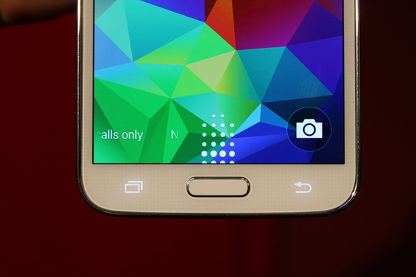 Galaxy S5 leaked (1)