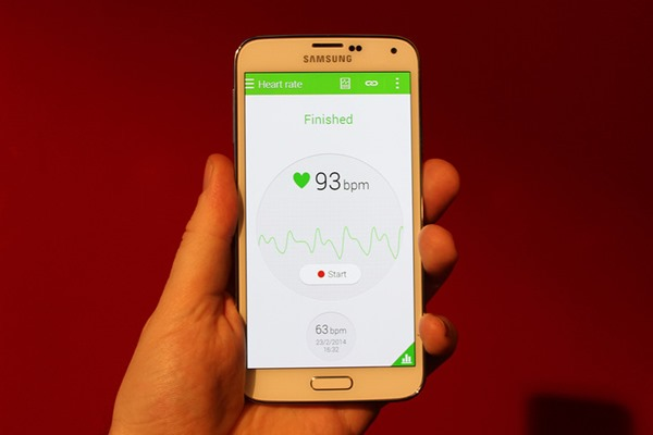 Galaxy S5 leaked (2)