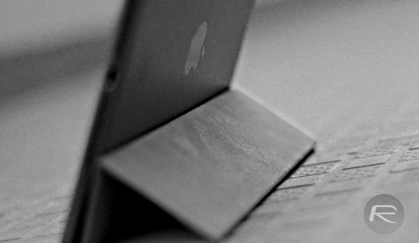 grayscale iPad