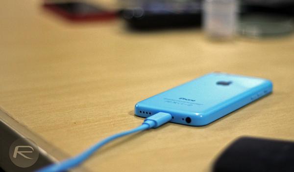 iPhone 5c charging