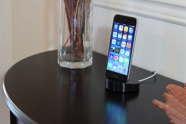 iPhone 6 Lightning Dock