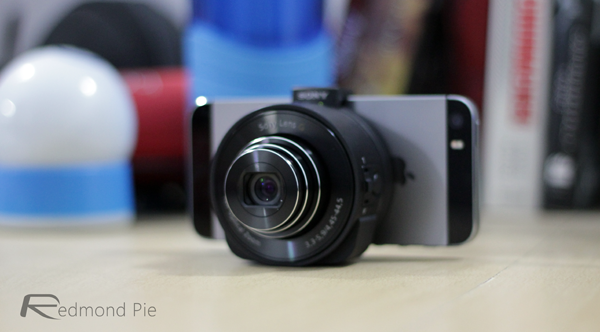 Sony-QX10-iPhone-5s