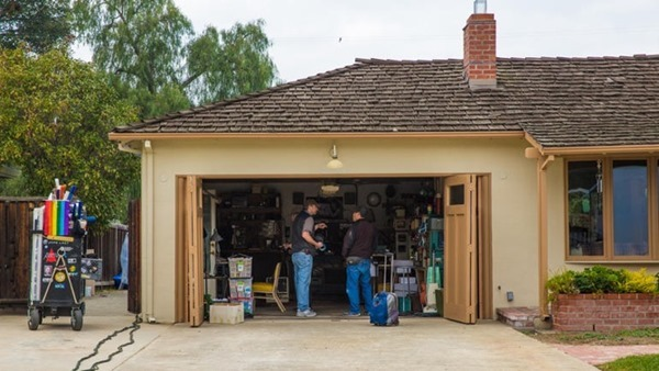 Steve Jobs movie garage