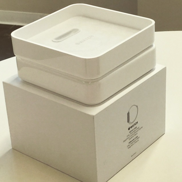 Apple Watch box 2