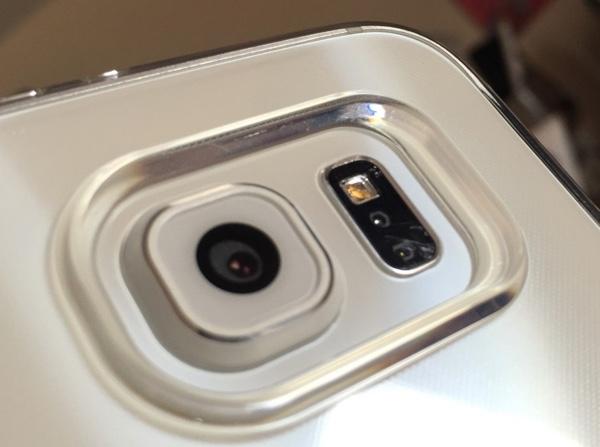 GalaxyS6 lens scratch