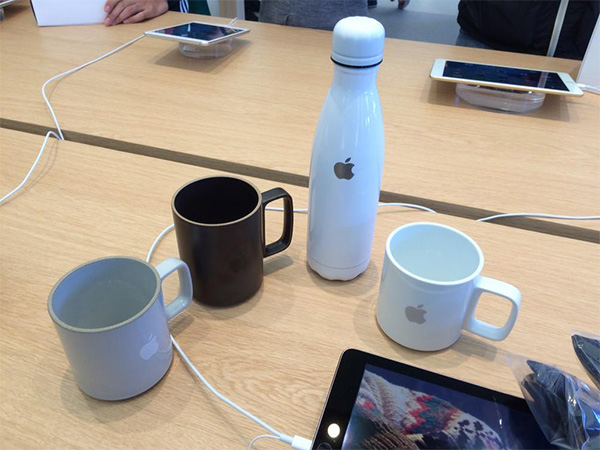 Apple-mugs-and-thermoses