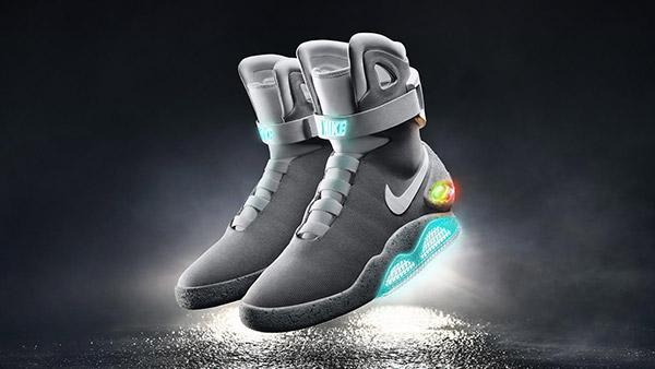 2015-Nike-Mag