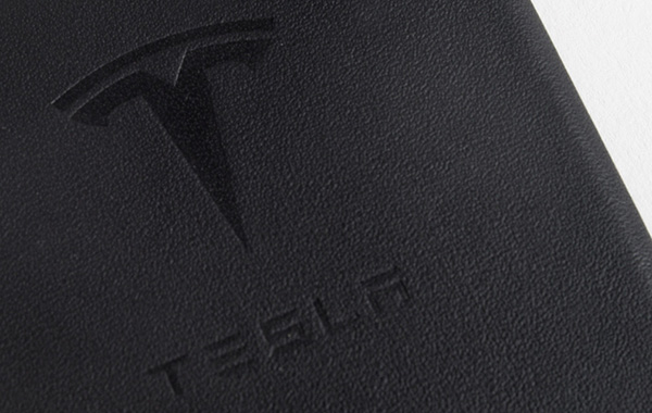Tesla-leather-cases-iPhone-6-6-Plus