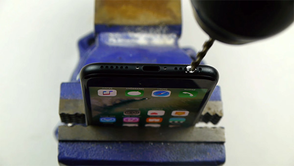 iphone-7-headphone-drill-youtube