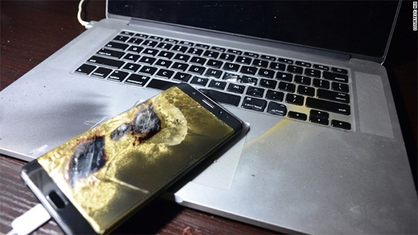 note-7-burn-macbook