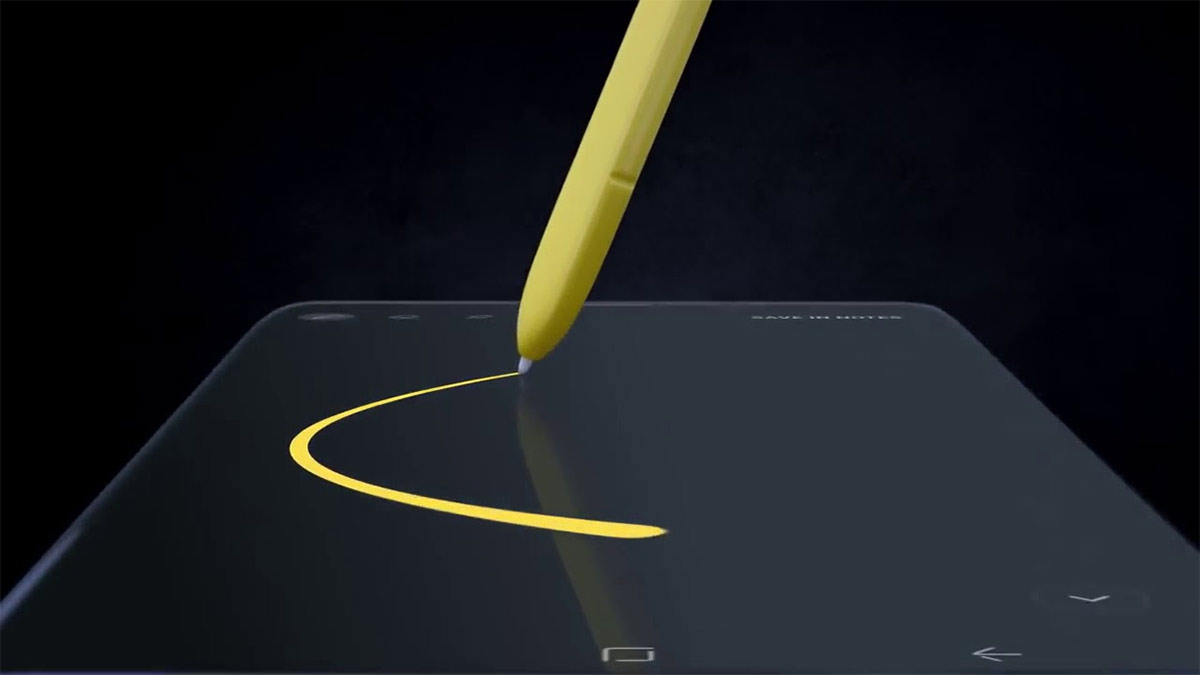 Samsung Galaxy Note 9 retail box caught on camera