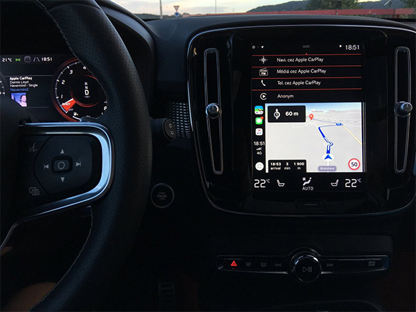 Google Maps iOS 12 CarPlay App Detailed, Waze Beta Begins, Sygic
