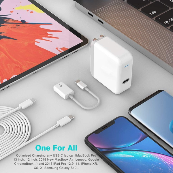 Deal Alert: High-Speed USB-C Charger Compatible With MacBook