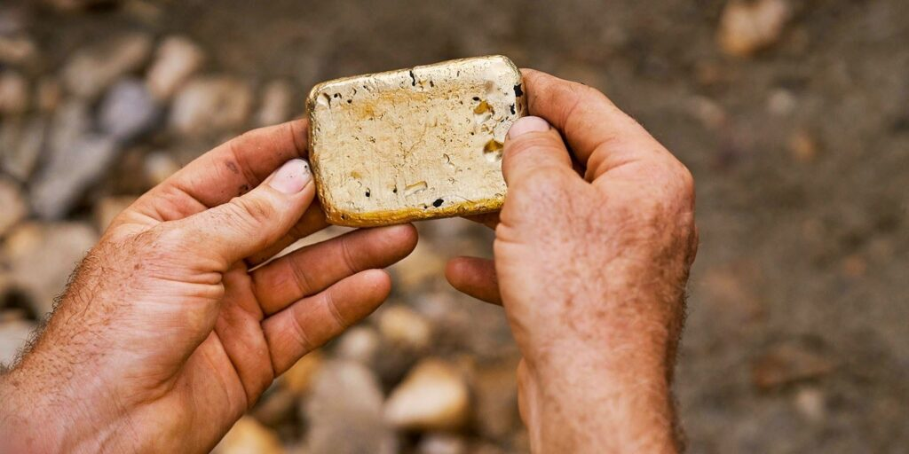 Apple Gold Is Now Being Sourced From Miners Who Commit To Habitat Restoration