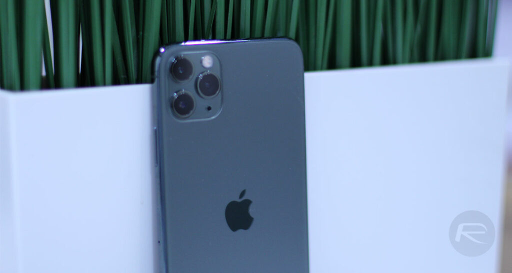 IPhone 11 Pro Max Parts Cost Approximately $450 For Apple To Build, Reveals Teardown